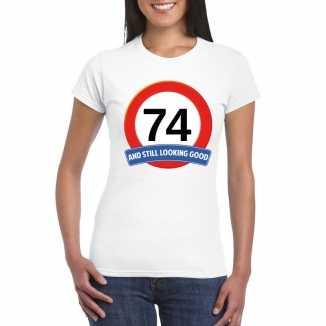 Verkeersbord 74 jaar t shirt wit dames